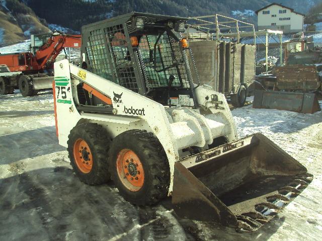 Bobcat 751 in buono stato motore kubota 2 benne più benna miscelatrice